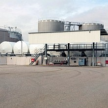 Carbon steel and stainless steel tankage